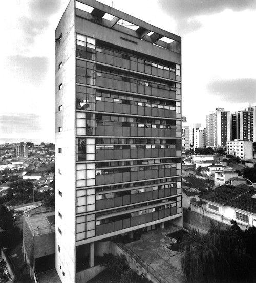 Jaraguá Apartment Building, São Paulo, Brazil, 1984-88  (Paulo Mendes da Rocha): Brazil, App Store, 1984 88 Paulo, Arq Residencial, Architecture Modern, Architecture, Apartment Building, Arq Resident, Jaraguá Apartment