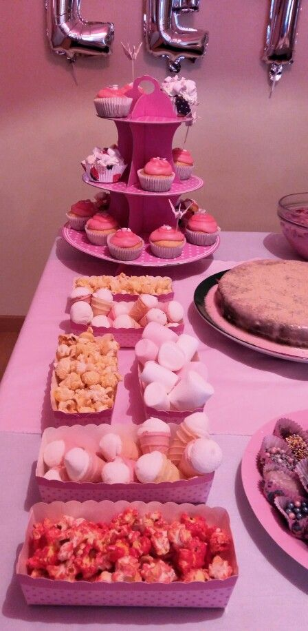 Pink Cupcakes baby shower #letibbshow