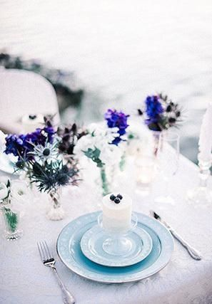 5 Spring Wedding Color Palettes | Serenity Blue: A gorgeous monochromatic effect, it is a color palette that is powerful, but elegant as shown by this blue wedding tablescape.
