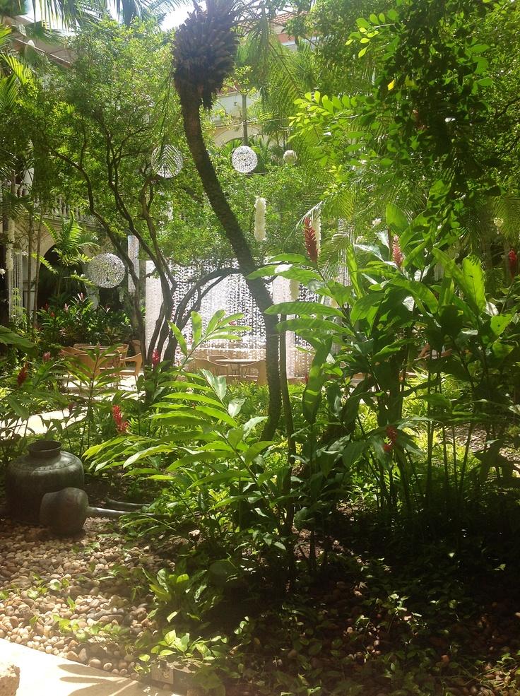 Florarte / Patio Colonial Hotel Sofitel Santa Clara.