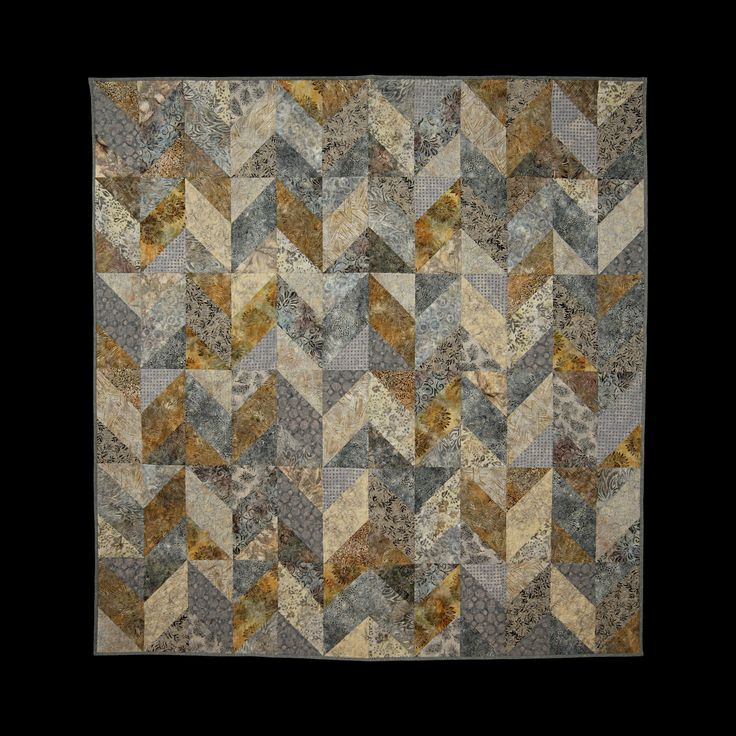 (2016) 1001 Nights 223 x 234 cm. Batik Quilt. Pattern: Tim Holtz