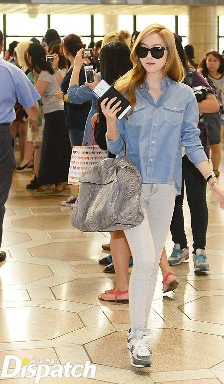 Jessica Jung Snsd Airport Fashion Let 39 S Get Some Clothes