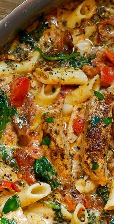 Chicken pasta with spinach and bacon in creamy tomato sauce #summer #pasta