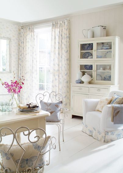 pretty white room. Adore the details and organization of this . So simple