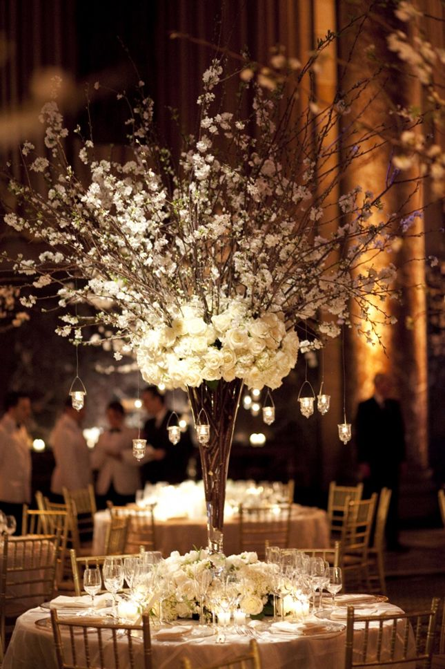 25 Stunning Centerpieces - Belle the Magazine . The Wedding Blog For The Sophisticated BrideIdeas, Winter Wedding, Sophisticated Bride, Weddingcenterpieces, Wedding Centerpieces, Branches, Tall Centerpieces, Flower, Center Pieces