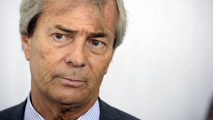 Vincent Bolloré souhaiterait être le seul et unique guignol - http://boulevard69.com/vincent-bollore-souhaiterait-etre-le-seul-et-unique-guignol/?Boulevard69