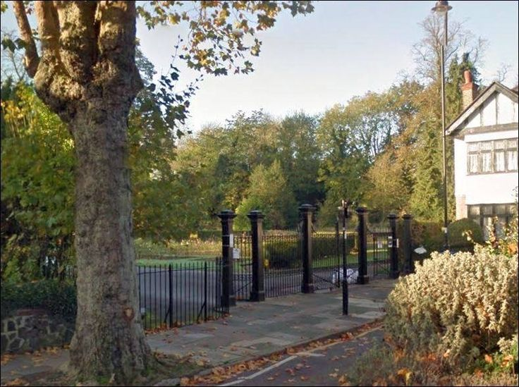 The Town Park Gates, Cecil Road.
