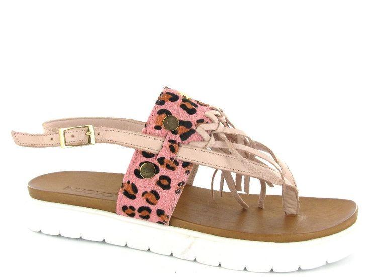 Roze flatform sandalen met luipaardprint detail van Inuovo. Nu €54,50. #inuovo #flatform #sandalen #sale
