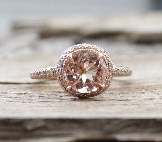This is beautiful. Vintage, rose gold, peach sapphire, and brillant cut 2.0 Cts. Morganite Diamond Ring in 14K Rose Gold