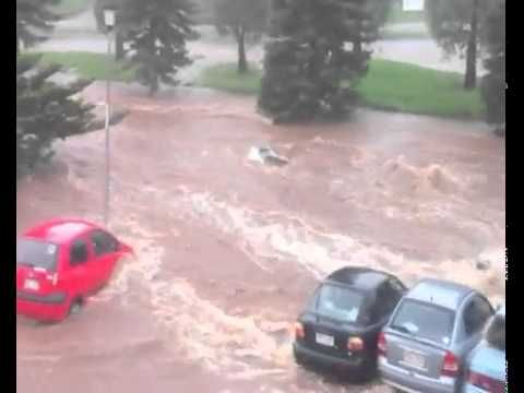 Most amazing flash flooding footage ever - YouTube