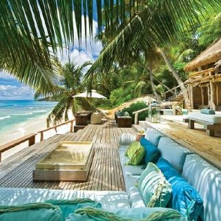 Fantastic Beach Lounge