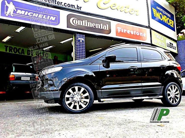 Ford Novo Ecosport preto equipado com rodas esportivas aro 17