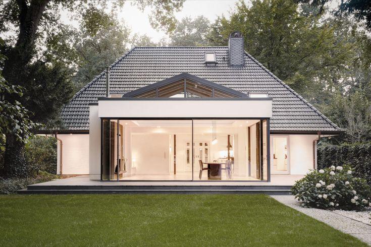 Solarlux brighten up a villa with spacious cero slidin | STYLEPARK