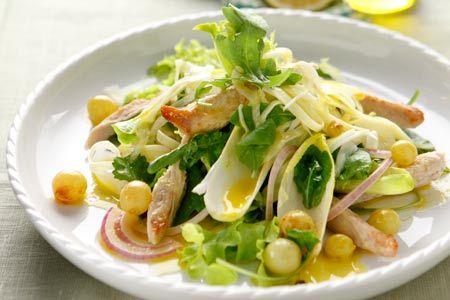 Πράσινη σαλάτα με κοτόπουλο και λαδολέμονο σταφυλιού - Γρήγορες Συνταγές | γαστρονόμος online
