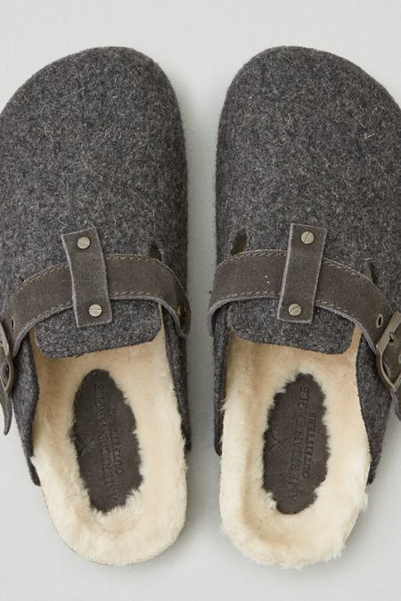 American Eagle Outfitters AEO Cozy Clog