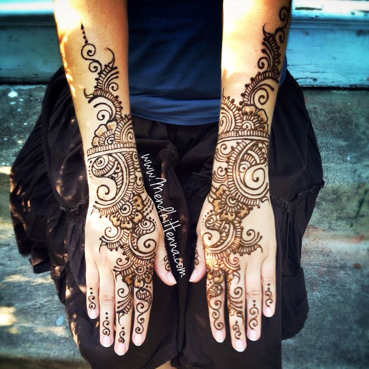 Now taking henna Bookings for 2014/15 www.MendhiHenna.com   Instagram MendhiHenna www.facebook.com/MendhiHennabridalparties  #Henna #mendhi #mehndi #mendhihenna #bridalhenna #bridalmehndi  #hennatattoo #indianwedding #hinduwedding #indianbride #weddingphotography #wedding  #mua #bridalmakeup #indian #punjabi   #sikh #pray #home #temple #hindu #destinationweddings  #shoes #canvas #painting #art #artist #weddingplanner #ideas #tattoo #decor #Saree #indianjewelry #arabic #lasvegas…