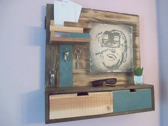 """Recibidor/ Organizador de entrada rústico """"slide viewer""""-Handmade rustic entryway organizer """"slide viewer"""""""