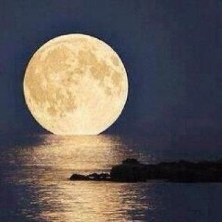 Phenomenal Capture, Super Moon over Key West, FL - wow