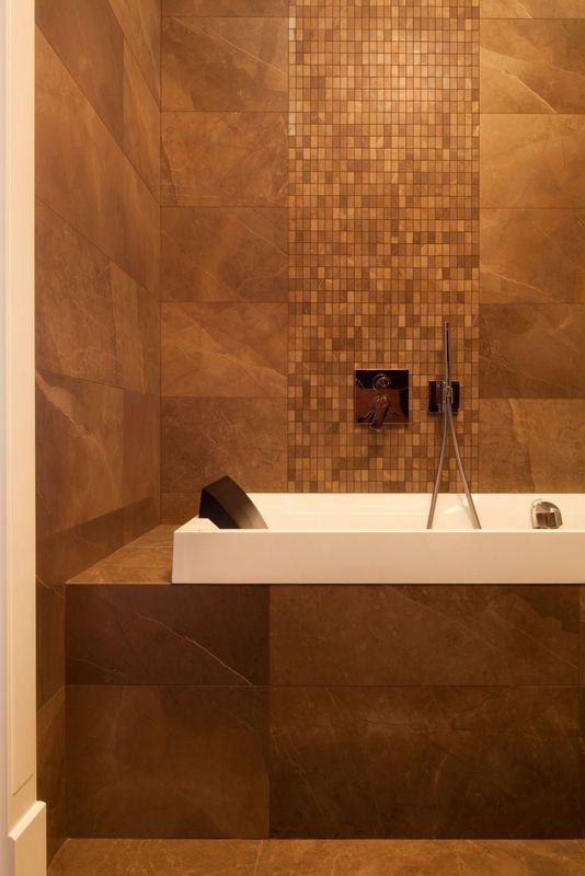 Mozaika przy wannie