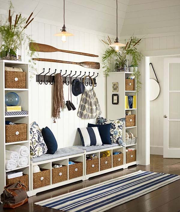 Designing a mudroom entry with efficient storage and beautiful design is no easy task, but will help us transition from outdoors to the comfort of indoors.