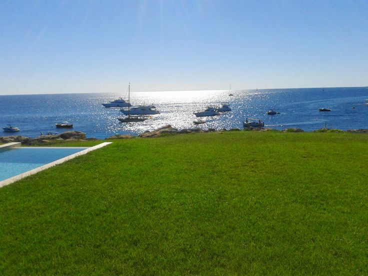 (20/03/15) ¿POR QUÉ LOS TURISTAS EXTRANJEROS ESCOGEN MENORCA? http://www.mnkvillas.com/blog/por-que-los-turistas-extranjeros-escogen-menorca Menorca es, junto a Canarias, uno de los destinos turísticos de España más deseado por los extranjeros para pasar sus vacaciones...  MNK Villas Alquiler de casas y villas en #Menorca - Islas Baleares (España) www.mnkvillas.com (+34) 971 153 571  #alquilervillas #alquiler #alojamiento #vacaciones #turismorural #alquilermenorca #alojamientomenorca…