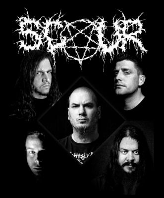 "Scour es el nuevo proyecto del controvertido ""Phil Anselmo"" (ex vocalista de Pantera, Down, Superjoint Ritual, etc). La banda incluye a ""Derek Engemann"" (Cattle Decapitation) y ""Chase Fraser"" (Animosity) en guitarras, ""John Jarvis"" (Pig Destroyer) en bajo y ""Jesse Schobel"" (Strong Intention) en batería."