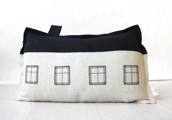 Decorative throw pillow Linen pillow sham by BeanieonHelinaSHOP, €48.00