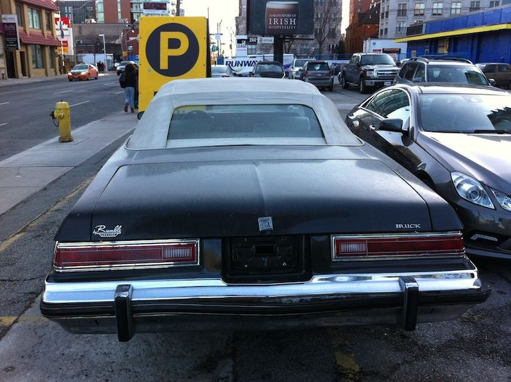 This is one slick looking coupe found in Toronto, the 1975 ...