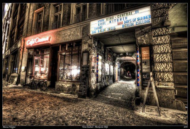 Kino Central - Cafe Cinema - Berlin Mitte | von Marcus Klepper - Berliner1017
