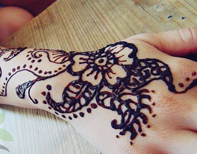 """Check out new work on my @Behance portfolio: """"Henna Tattoo"""" http://on.be.net/1Ca9e32"""