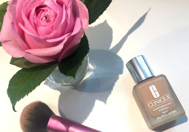 Review: Clinique Superbalanced Make-Up Teint