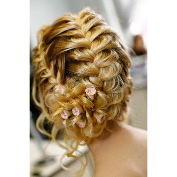 Braided Hair! Gorgeous. Wedding braided up-do? Gah, so pretty. Even the color of her hair!