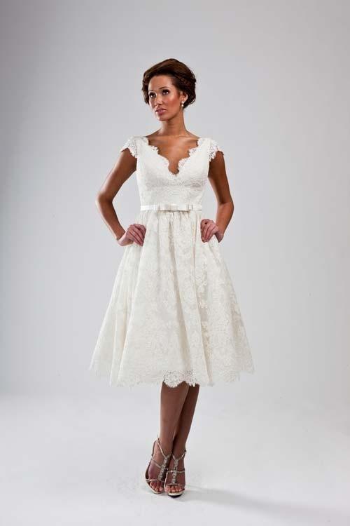 Simple Luly Yang wedding dresses