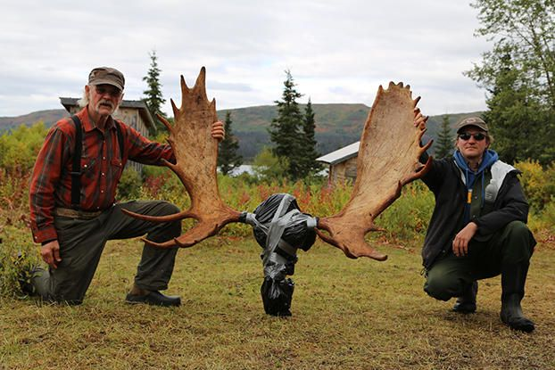 Of Moose and Men Gallery   Alaska: The Last Frontier   Discovery (13 photos)