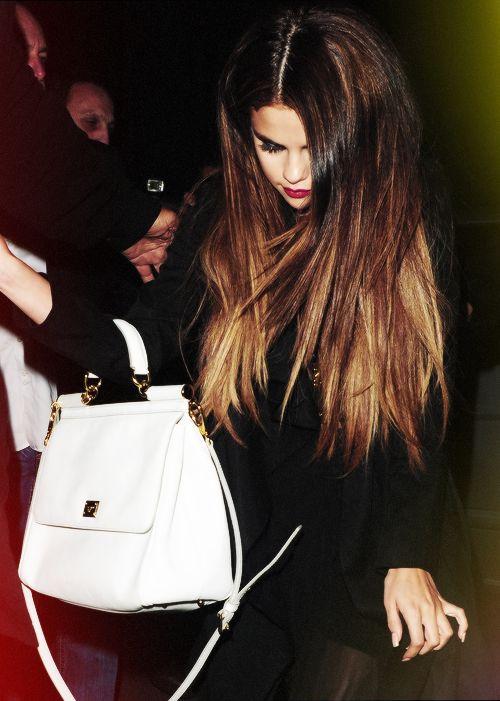 Selena Gomez- love her hair color!!