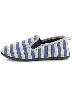 Zapatos, zapatillas - Zapatillas de casa a rayas - Kiabi