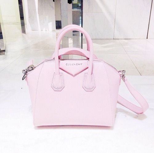 #pack up your troubles in your Givenchy bag