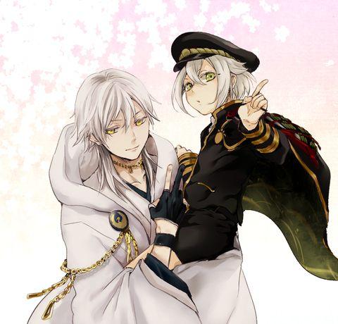 さにわ業に励んでます( ˘ω˘ )うちの本丸のエース二人~!!常に桜舞ってる