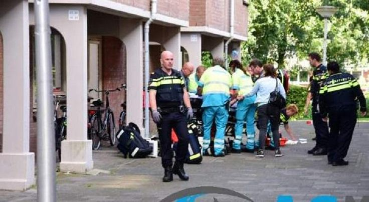 Ανδρας με μπαλτά συνελήφθη στην Ολλανδία -Φώναζε «Αλλάχ Ακμπάρ» (pics) > http://arenafm.gr/?p=222474