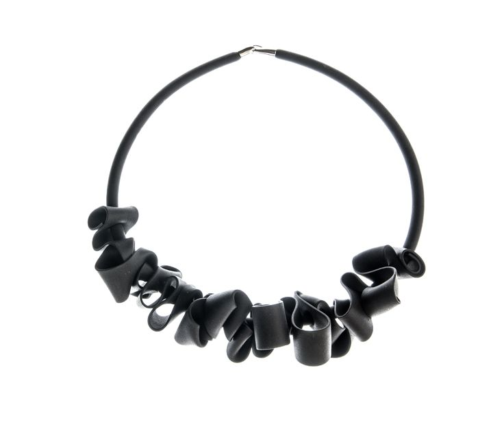 MODERN NECKLACE. neoprene. Ask for more....silunazul@gmail.com
