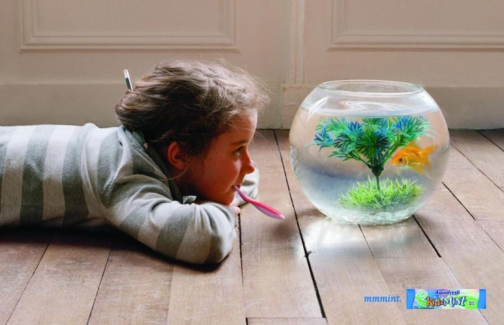 "kids with fishbowls | Aquafresh KidzMint: ""FISH BOWL"" Print Ad by Grey Canada [original ..."