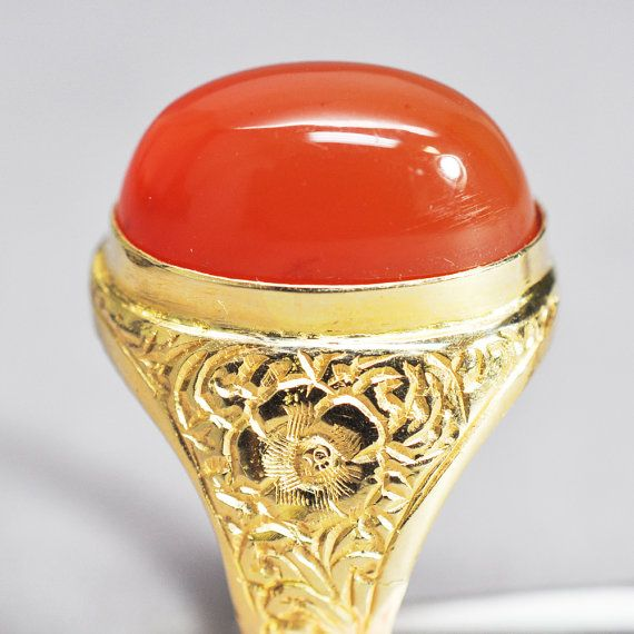 1970s Vintage Gold and Agate Gents Ring by CaliforniaWatchCo