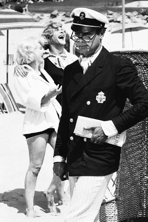 "Tony Curtis, Marilyn Monroe and Jack Lemmon during the filming of ""Some Like It Hot"""
