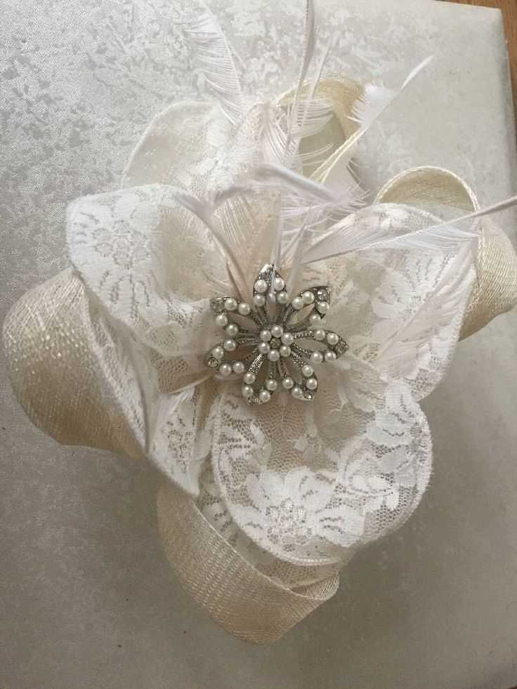 Ivory Lace Vintage Look Fascinator Wedding Race Day Hair comb | eBay