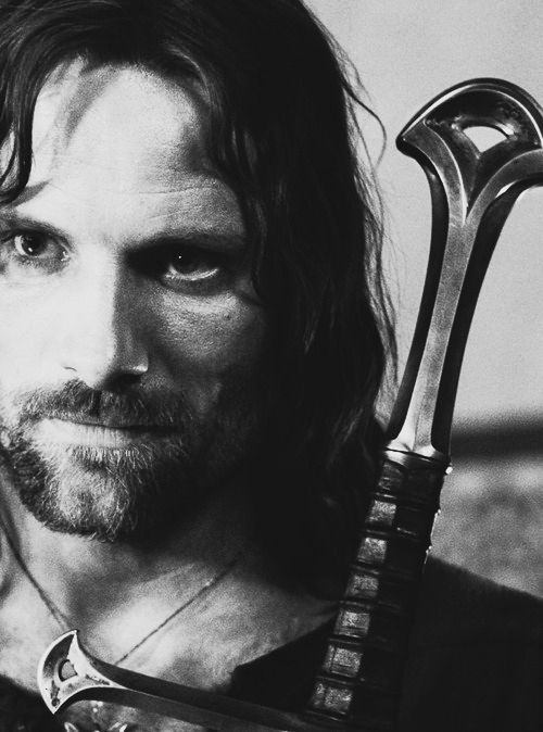 Ok not to be a LOTR nerd, but this man is both handsome, sensitive, badass and responsible. CANIHAVEHIM.