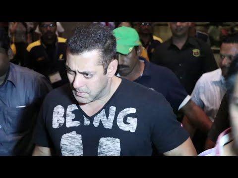 Salman Khan SPOTTED with girlfriend Lulia Vantur & mom Salma at Mumbai airport.