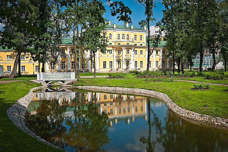 «Тайные» сады и скверы Петербурга