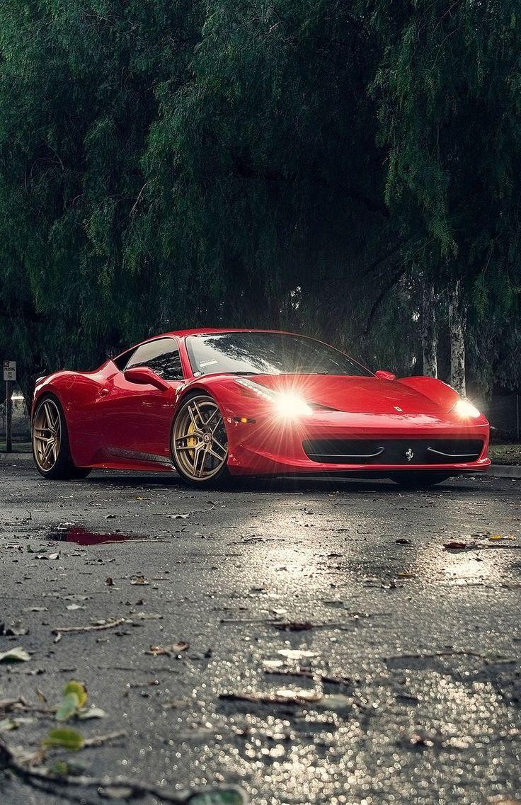 Ferrari 458      Drive a Ferrari  @ http://www.globalracingschools.com