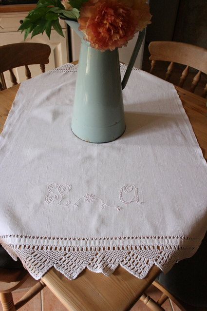 French Vintage Monogrammed Linen with Lace Edging by Chezpetitpica, €15.00