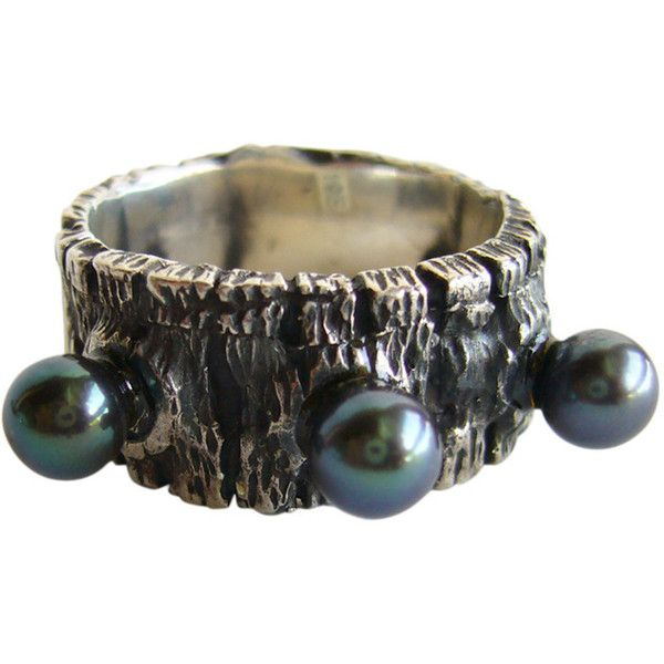 Preowned John Pagacz Tahitian Black Pearl Ring ($495) ❤ liked on Polyvore featuring jewelry, rings, black, white pearl ring, pearl ring, pearl jewellery, preowned rings and pearl jewelry